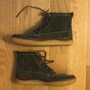 Hershel x Clarks limited edition green suede boot